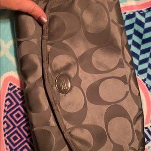 Tri - fold coach travel bag